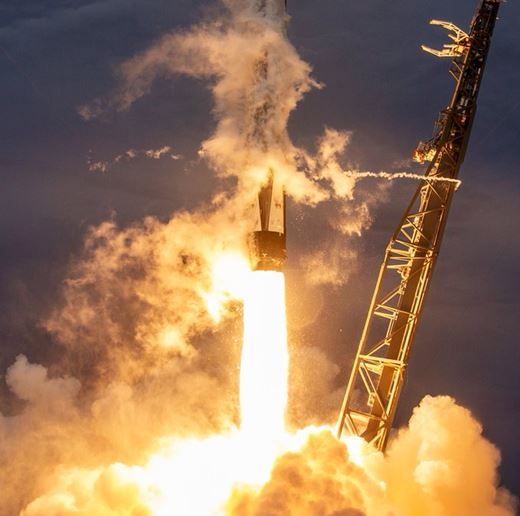 Falcon 9 launches AMOS-17 off Pad 40 in Florida,